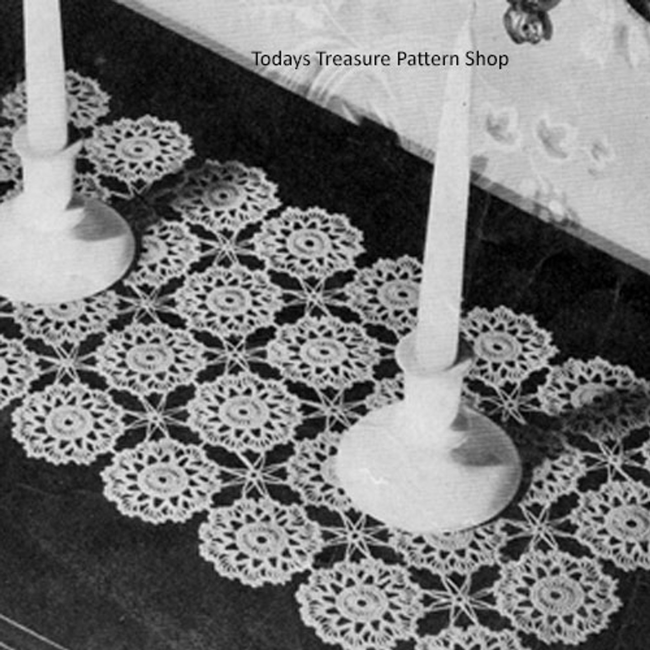 Crocheted Runner of Round Flower Medallions Pattern