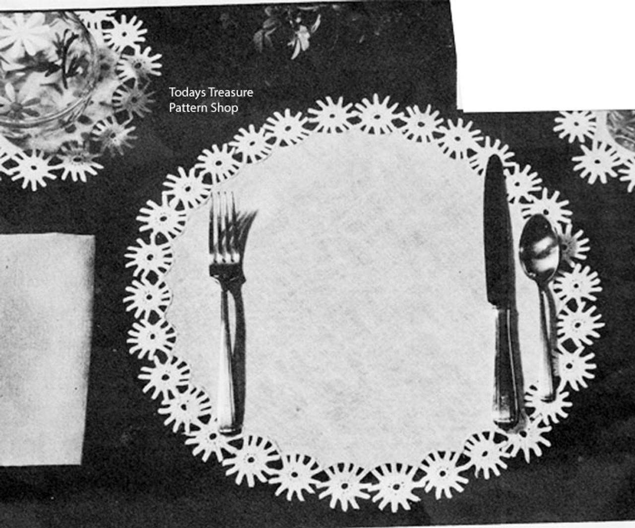 Vintage Daisy Crochet Border Pattern in Linen Mats