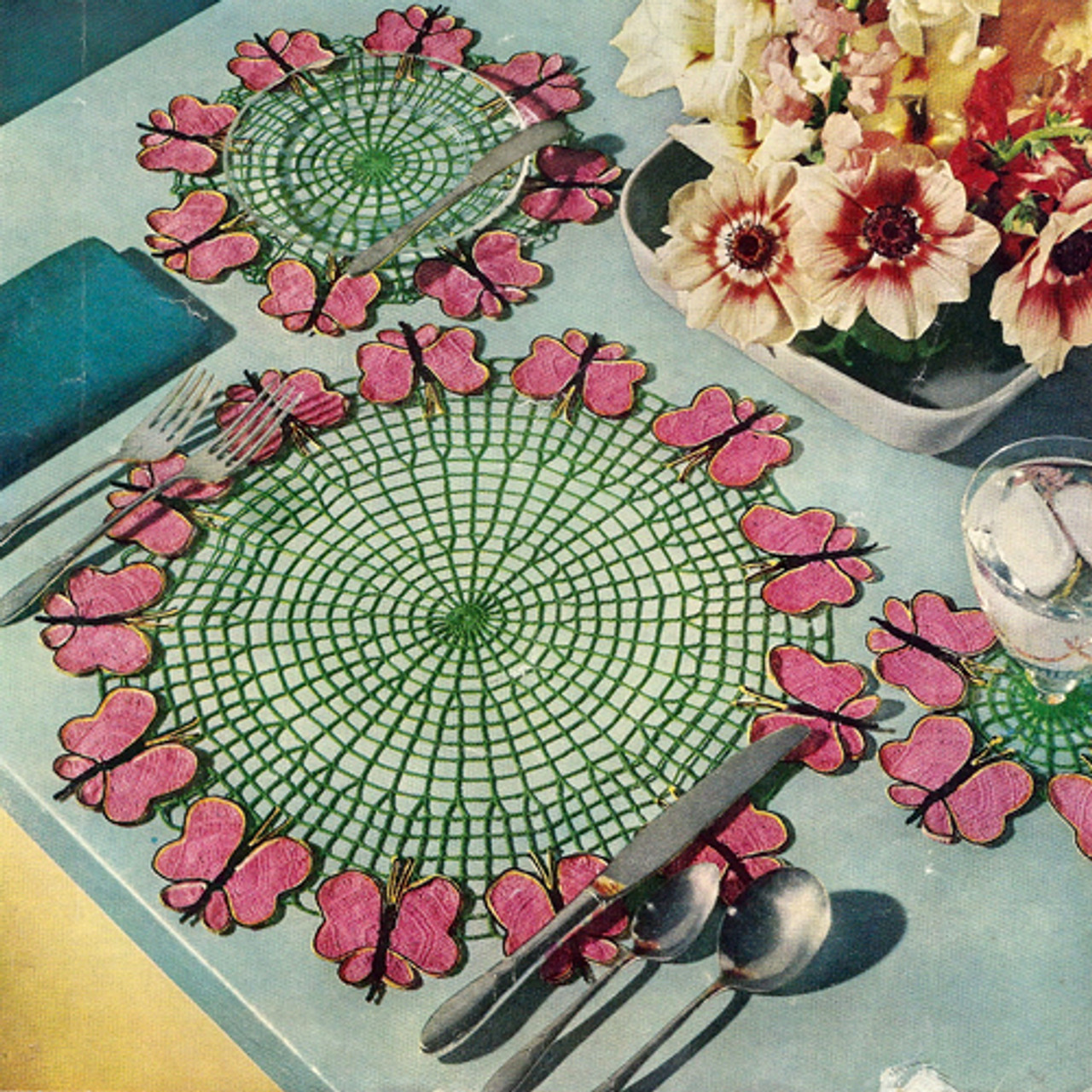 Crochet Round Table Mats Pattern with Butterfly Border