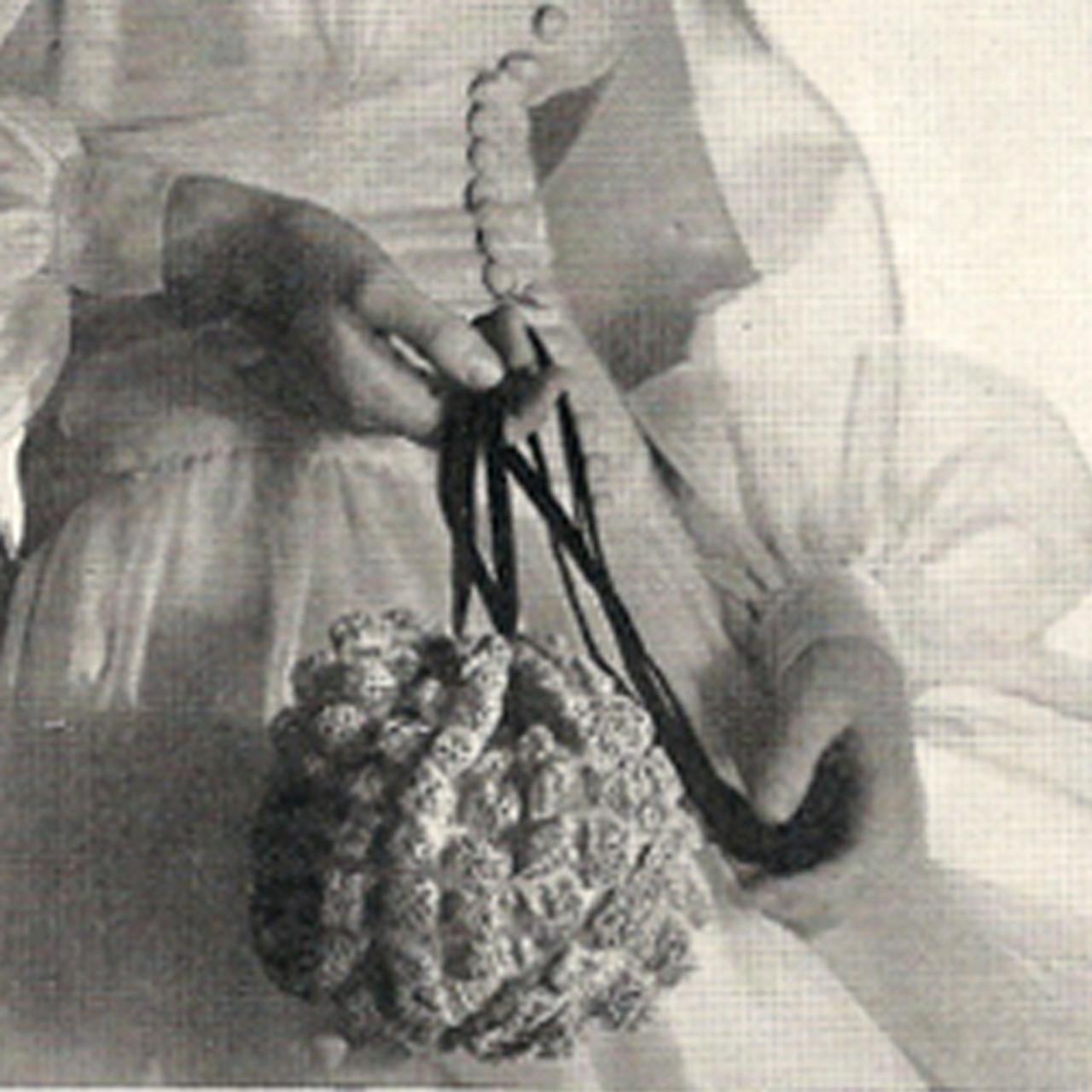 Vintage Popcorn Stitched Evening Drawstring Purse Pattern