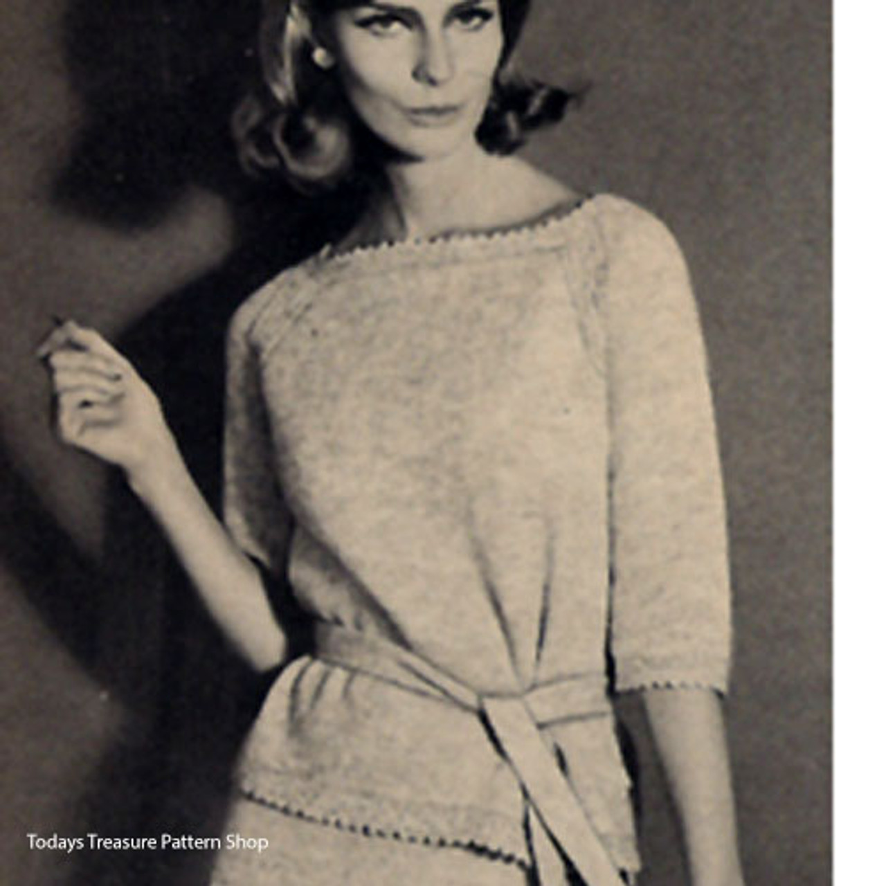 Knitting Pattern, Pullover with Straight Skirt