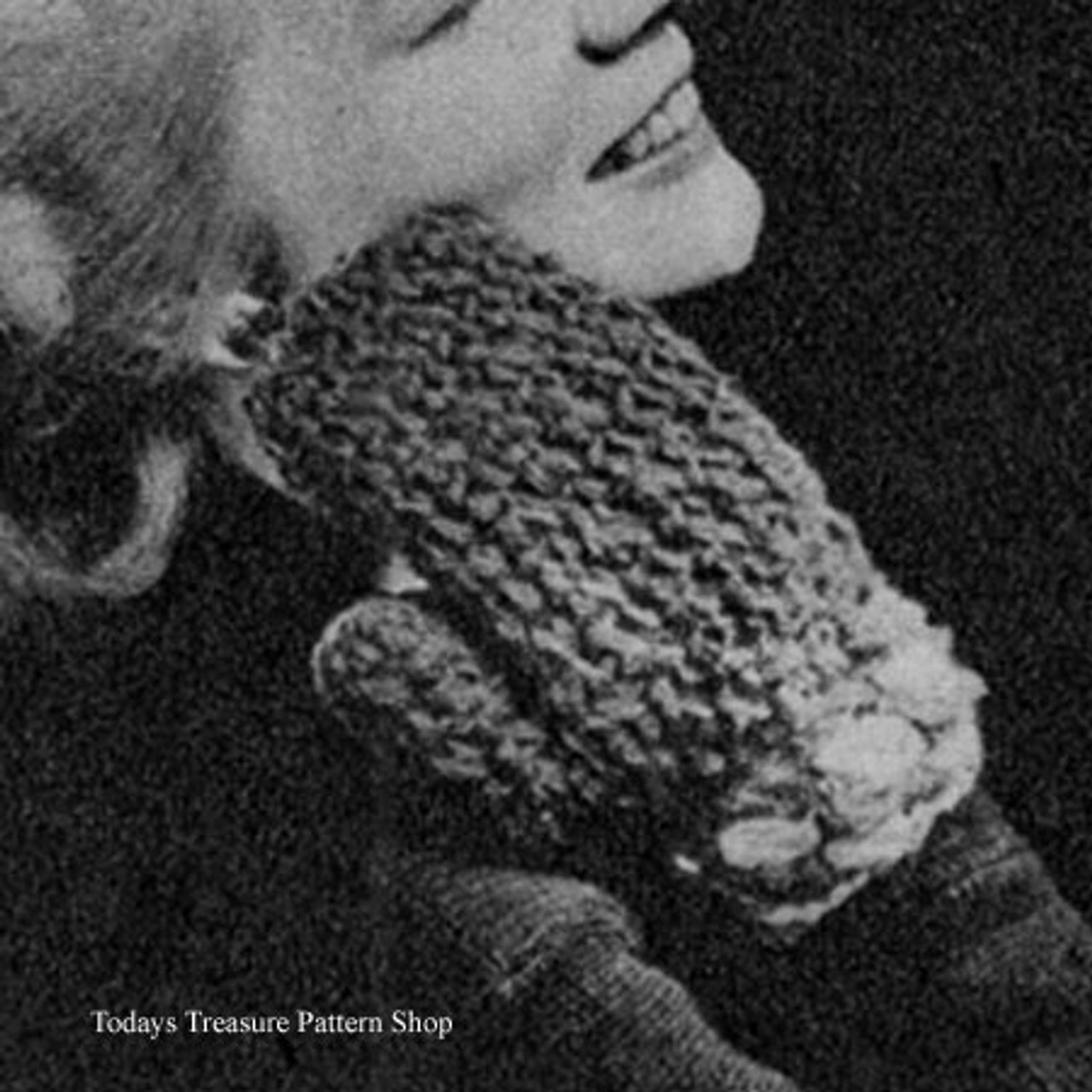 Crocheted Blue Mittens Pattern, Vintage 1940s