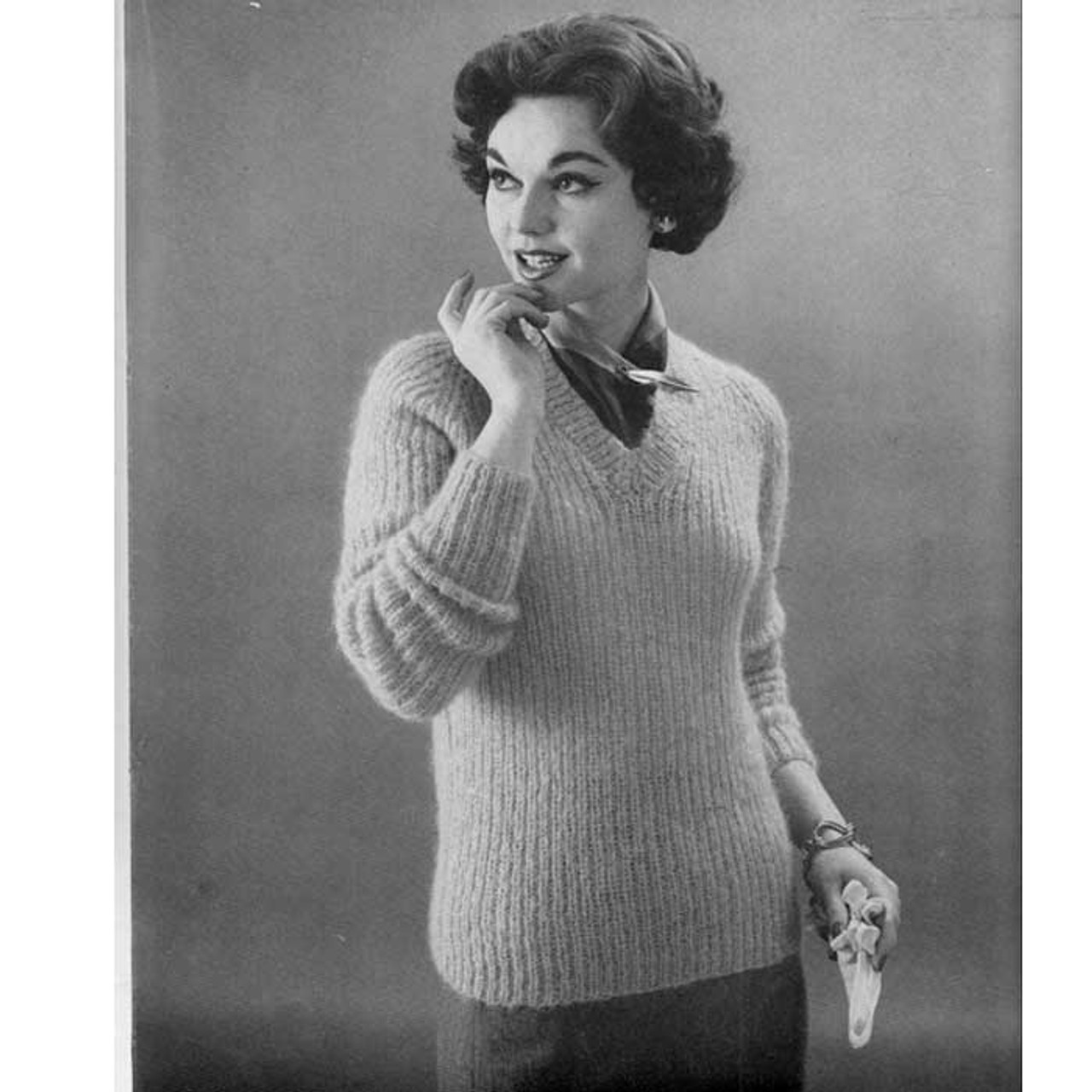 Knitting Pattern Ribbed Pullover with V-Neck