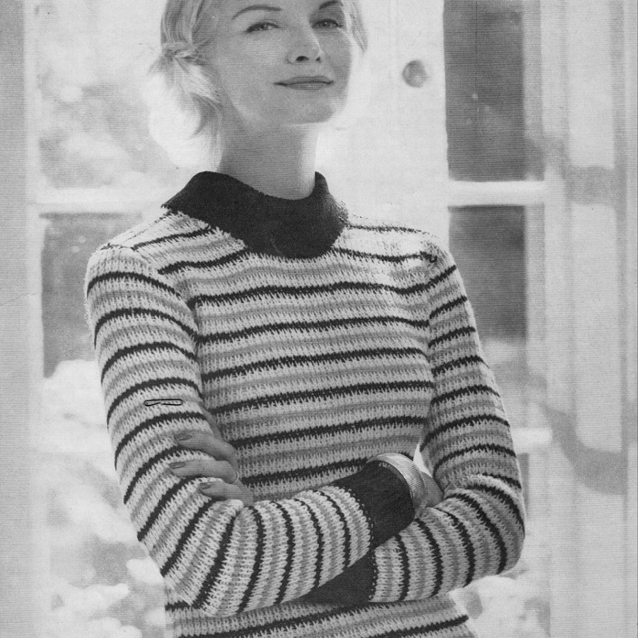 Knitted Pullover Pattern in Spinnerin Mona