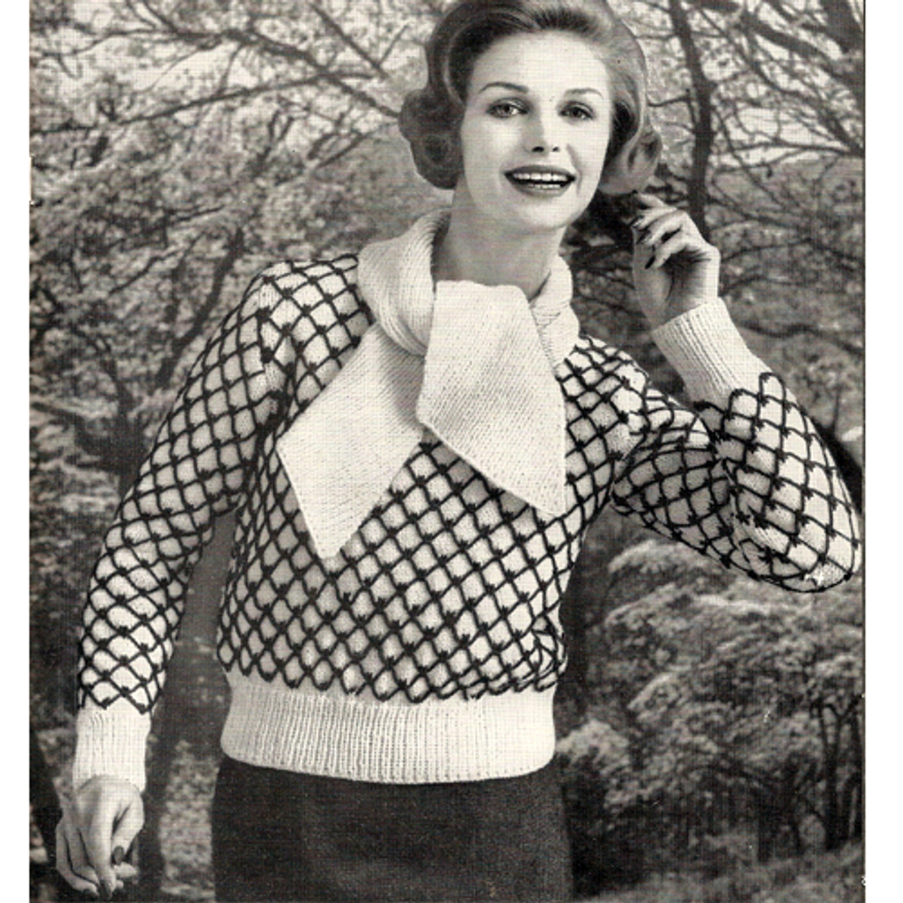 Diamond Knit Pullover Pattern with Contrast Bands, Vintage 1950s