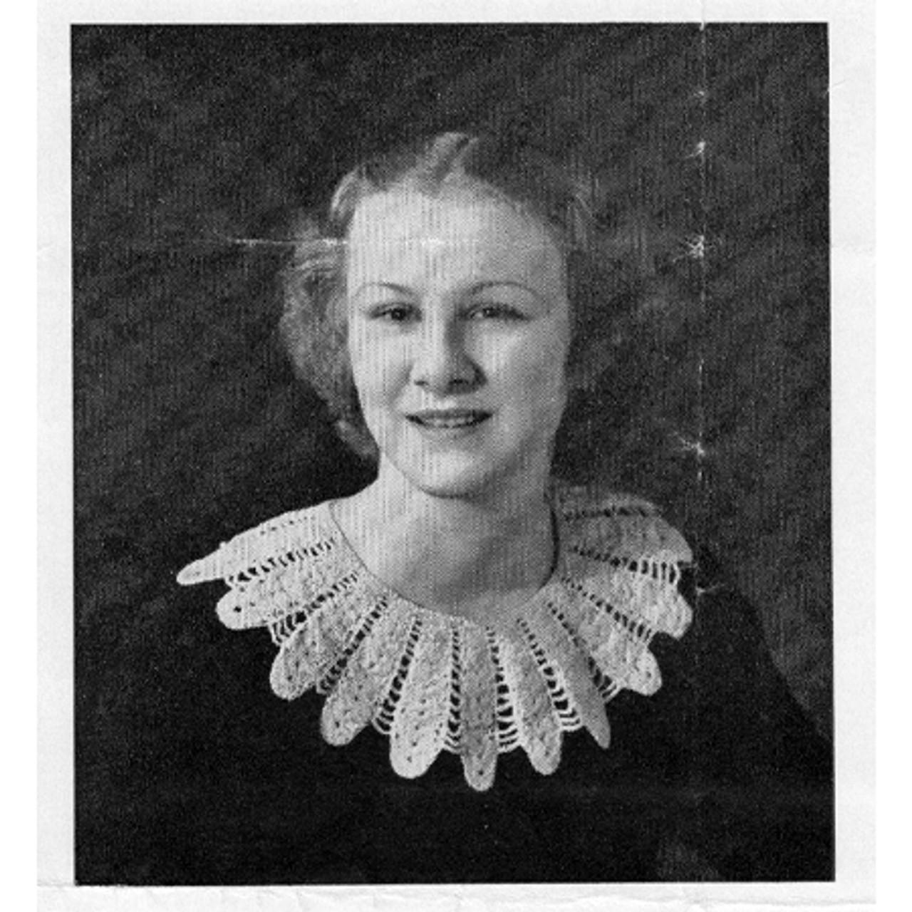 Large Petal Crocheted Collar Pattern, Vintage 1940s