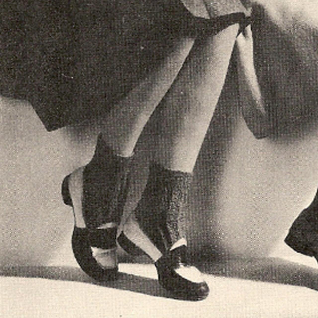 Vintage Knitted Ankle Length Socks Pattern