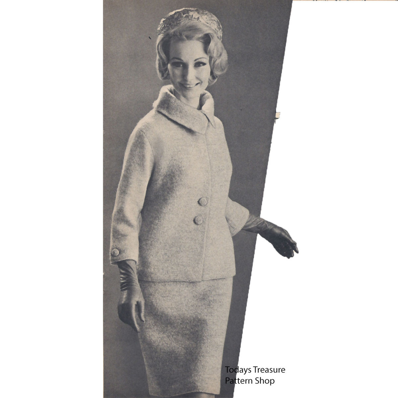 Loose Fitting Knitted Suit pattern, vintage 1960s