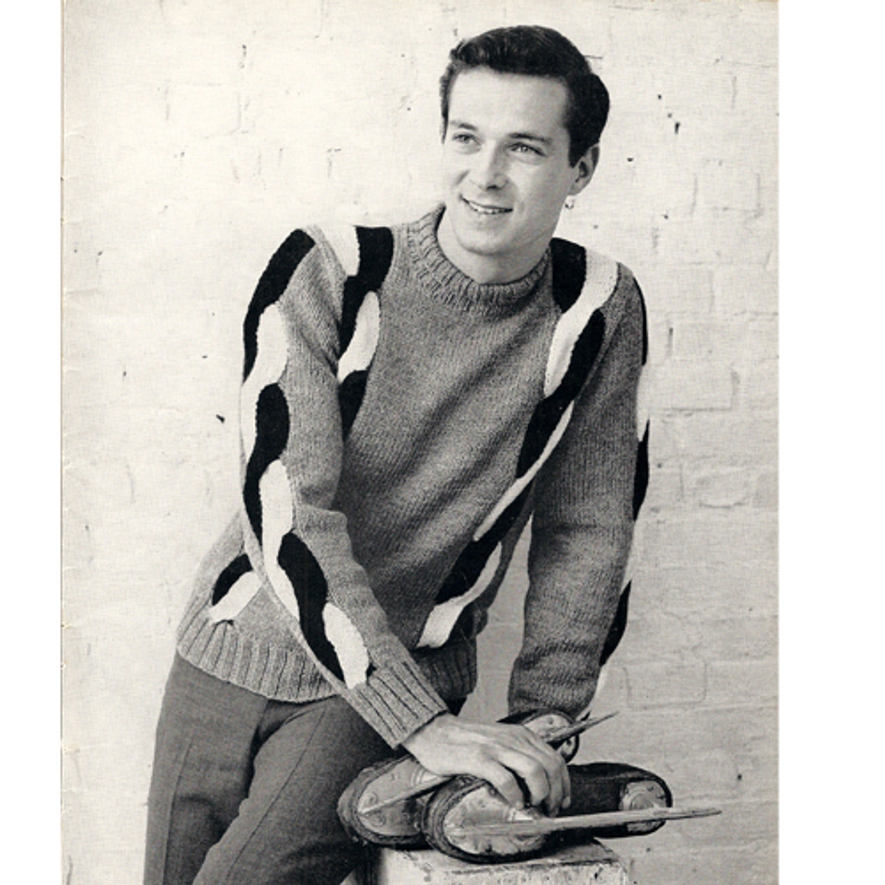 Mans Pullover Knitting Pattern with Braid Trimmed Sleeves