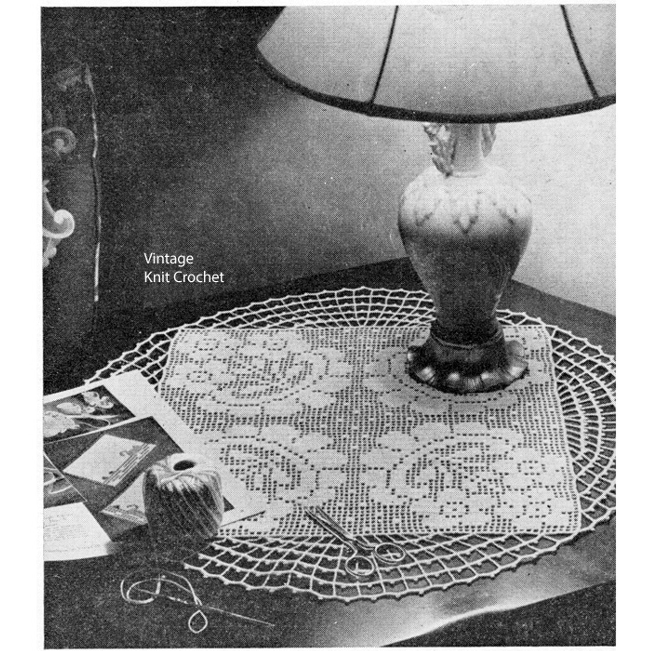 Daisy Filet Crochet Centerpiece Doily Pattern