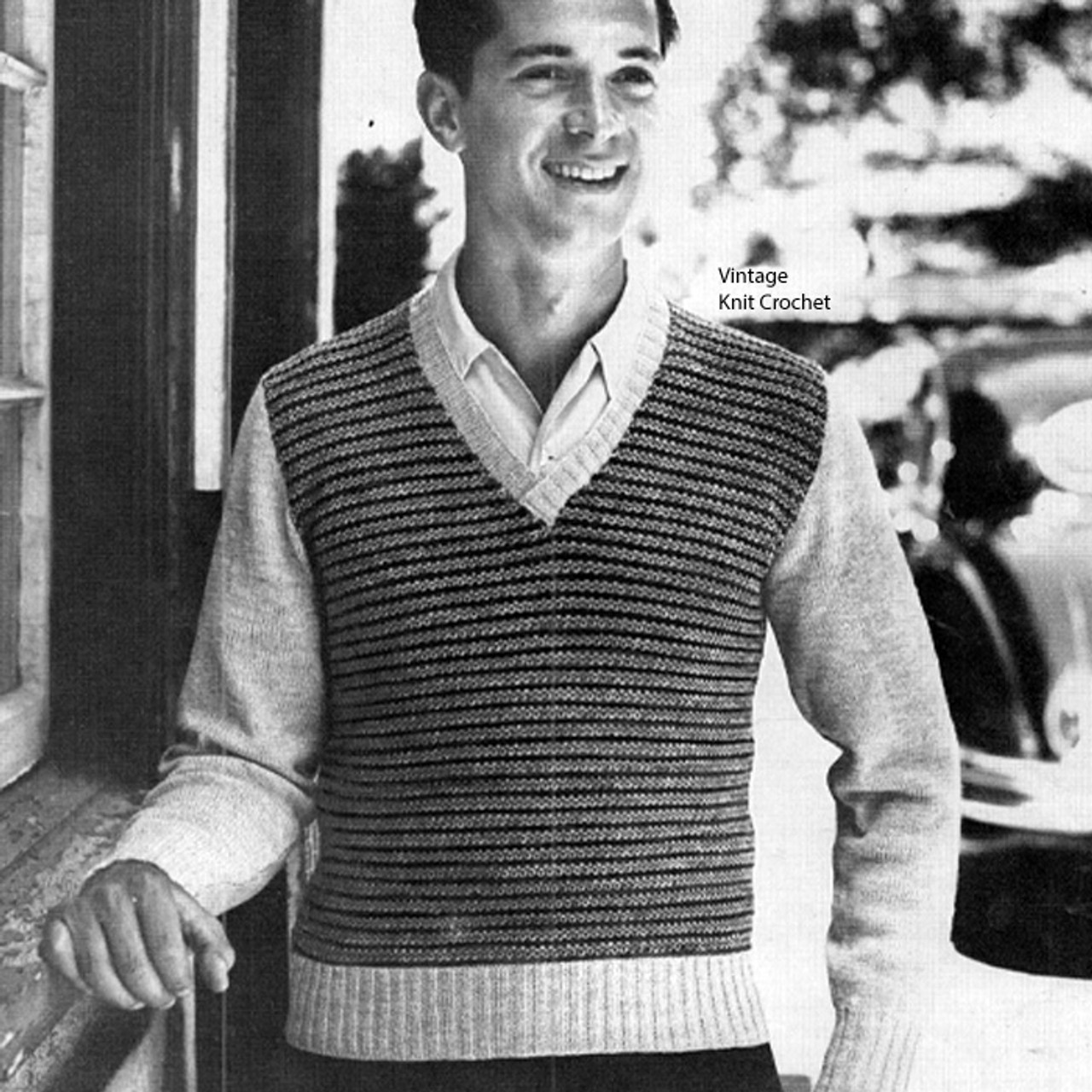 Knitted Pullover pattern in Spinnerin Topflight