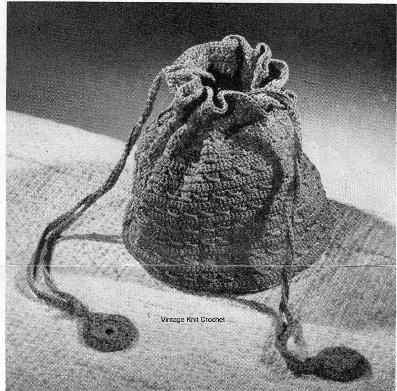 Easy Crochet Drawstring Bag in Nylon Thread