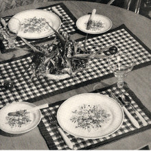 Plaid Crochet Placemat and Runner Pattern, Vintage 1940s