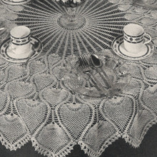 Crochet Pineapple Tablecloth with Wheel Center Pattern