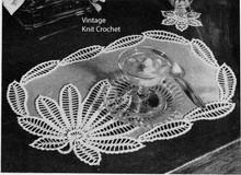 Crocheted Flower Mats Pattern on Linen