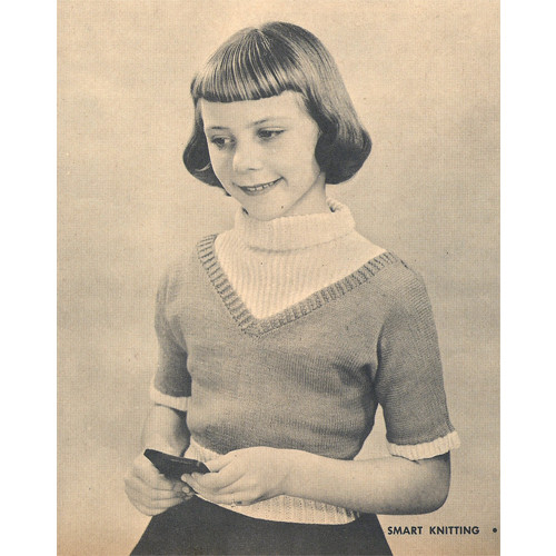 Girls Bibbed Knitted Pullover Pattern