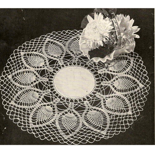 Palm Fronds Crochet Pineapple Doily with Linen Center