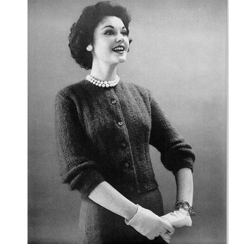 Bernat Knitted Cardigan Pattern with Elbow Length Sleeves