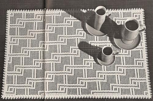 Vintage Linked Lines Crochet Mats Pattern