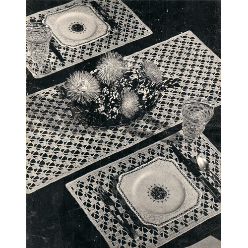 Vintage Crochet Luncheon Set Pattern, Mats & Runner