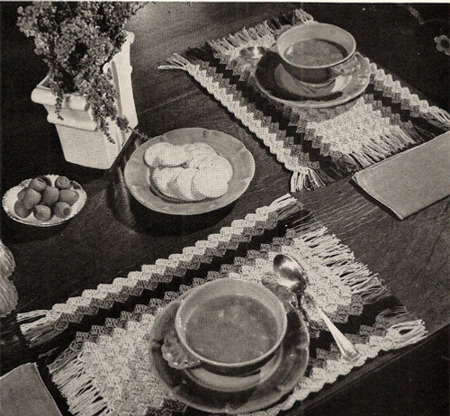 Crocheted Shell Striped Luncheon Set Pattern