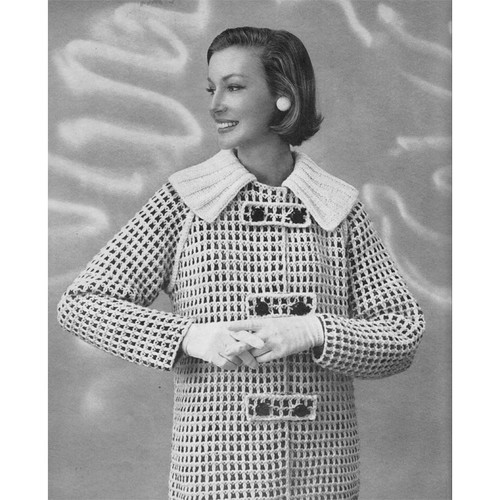 Vintage Knitted Car Coat Pattern with Contrast Collar