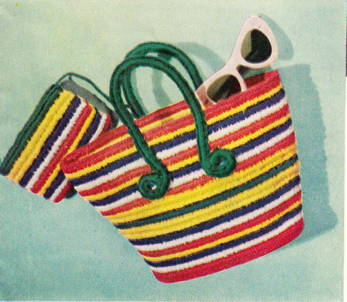 Tote Bag Crochet Pattern in Colorful Stripes