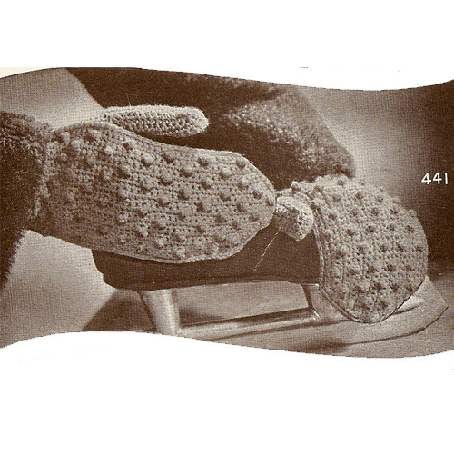 Crochet Winter Mittens Pattern in Popcorn Stitch