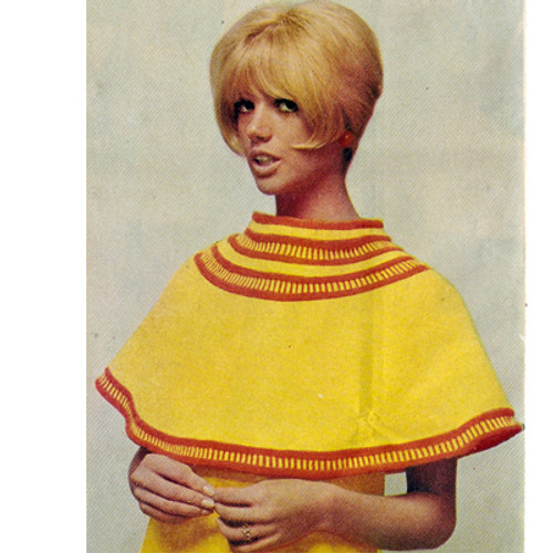 Mini Capelet Knitt Pattern with color bands