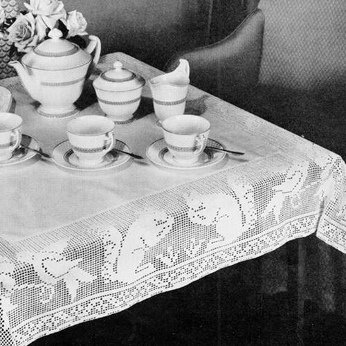 Vintage Squirrel Bordered Filet Crochet Cloth Pattern