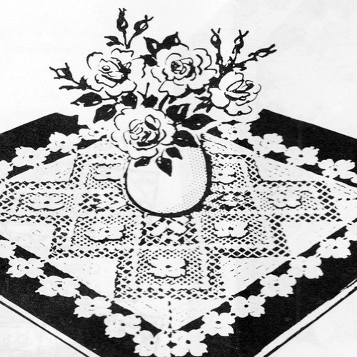 Vintage Square Rose Cloth Pattern in Filet Crochet