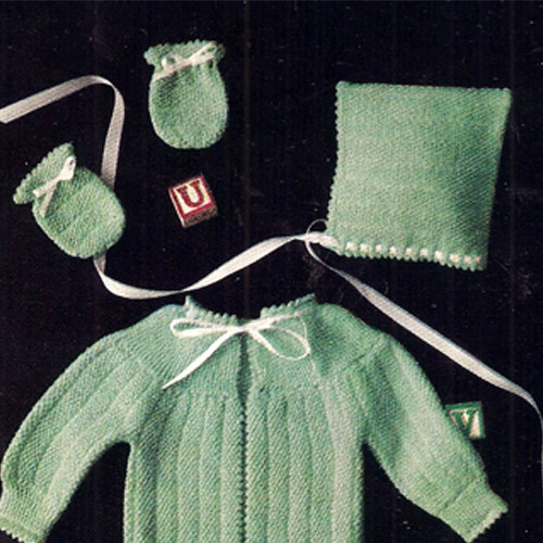 Knit Three Piece Baby Set Pattern in Seed Stitch