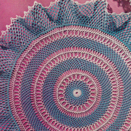 Vintage Wedding Ring Doily pattern in Hairpin Lace