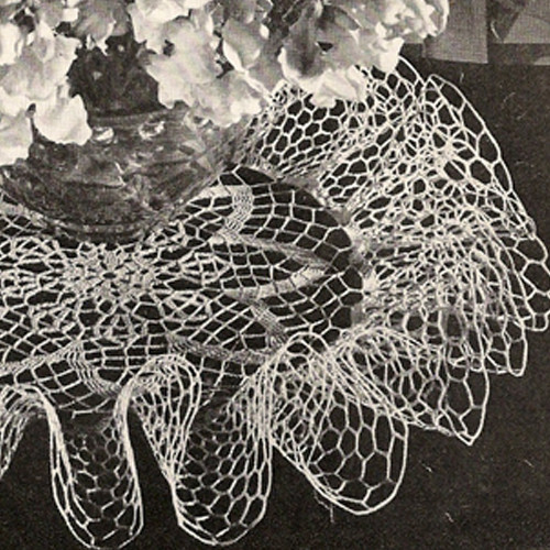 Vintage Ruffled Crochet Doily Pattern, Easter Lilly