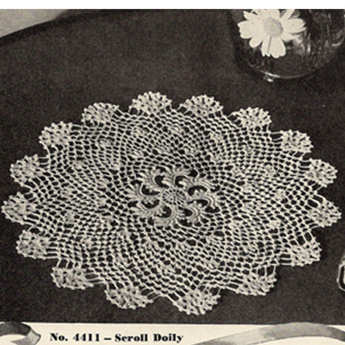 Crocheted American Thread Scroll Doily Pattern, Vintage 1940s