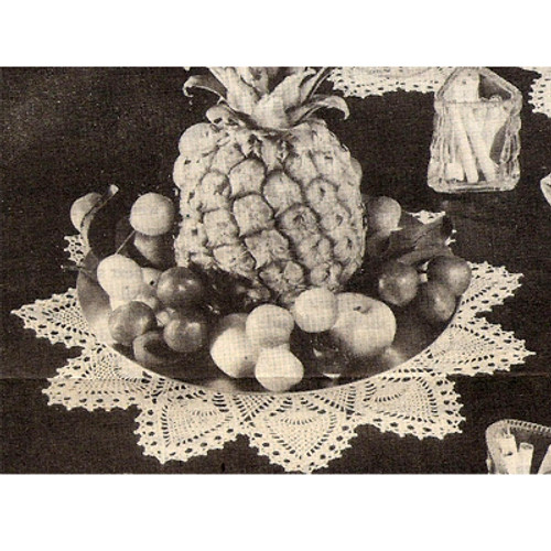 Pineapple Bordered Plate Centerpiece Pattern