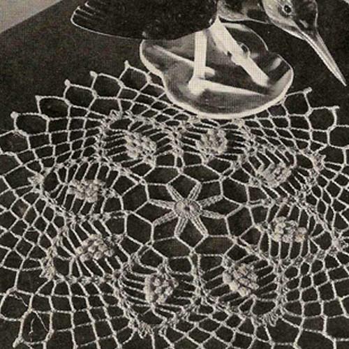 Crocheted Pineapple Kingfisher Nest Doily Pattern