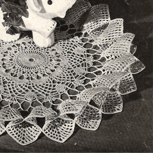 Fluted Crochet Flower Doily pattern