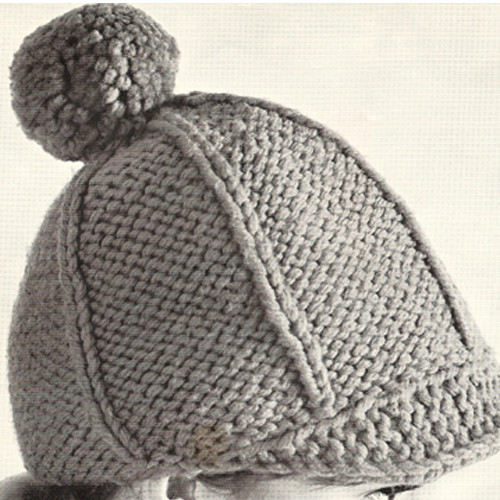Knitted Newsboy Hat Pattern with Pompom
