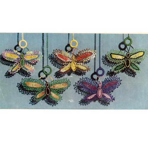 Crochet Shade Pull Ornaments, Vintage 19560s