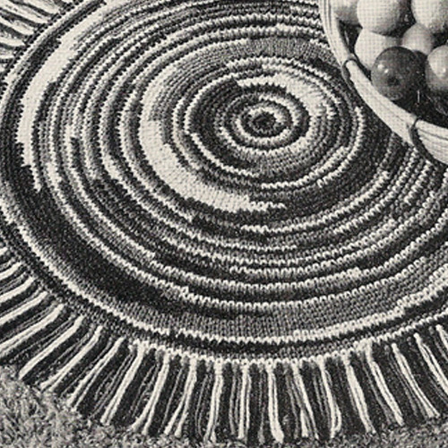 Round Fringed Crochet Rug Pattern