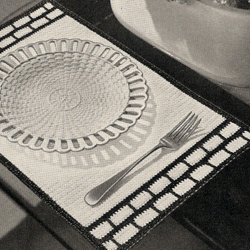 Vintage Honeycomb Bordered Placemats Pattern
