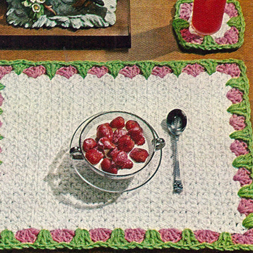 Flower Bordered Crochet Place Mats Pattern