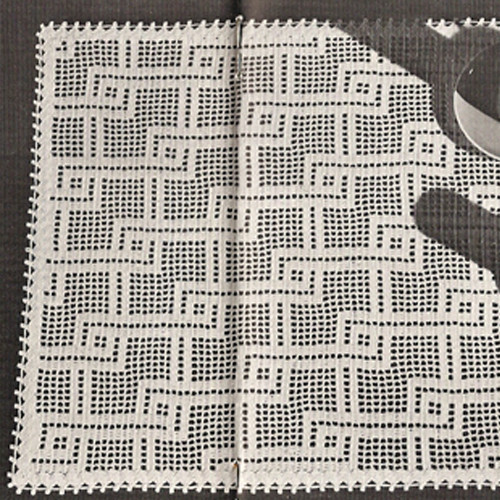 Crochet Linked Lines Place Mats Pattern