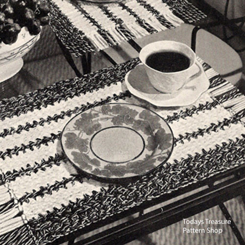 Woven Stripes, Crochet Placemats Pattern