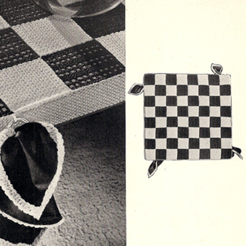 Vintage Checkerboard Bridge Cloth, Free Pattern