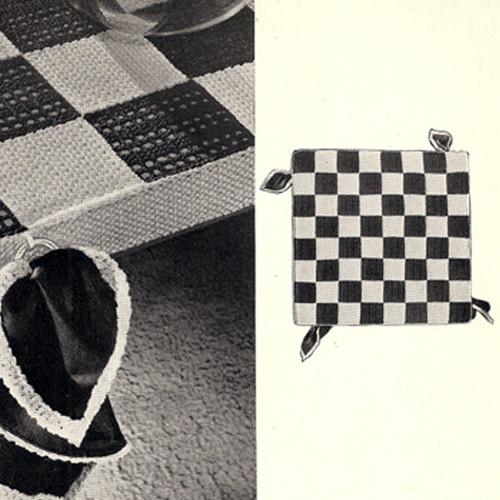 Vintage Checkerboard Bridge Cloth, Free Pattern