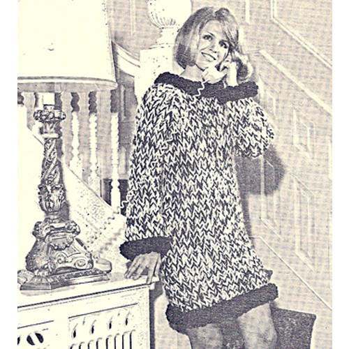 Vintage Bulky Knit Mini Dress Pattern with Contrast Trim