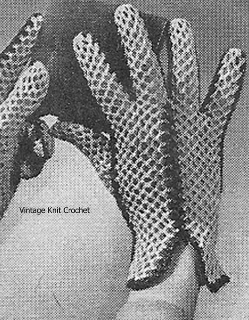 Two Tone Crochet Gloves Pattern, Wrist Length