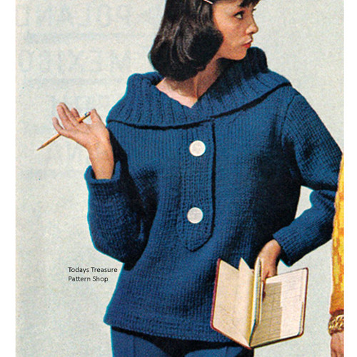 Knitted Bulky Pullover with Large Collar